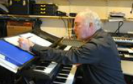 Martin Emslie at the electric organ